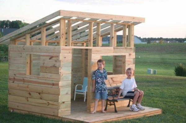 Best ideas about DIY Kids Fort . Save or Pin DIY Kid's Fort From Recycled Pallets Now.
