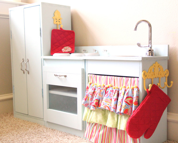 Best ideas about DIY Kids Play Kitchen . Save or Pin DIY Kids Play Kitchens Now.