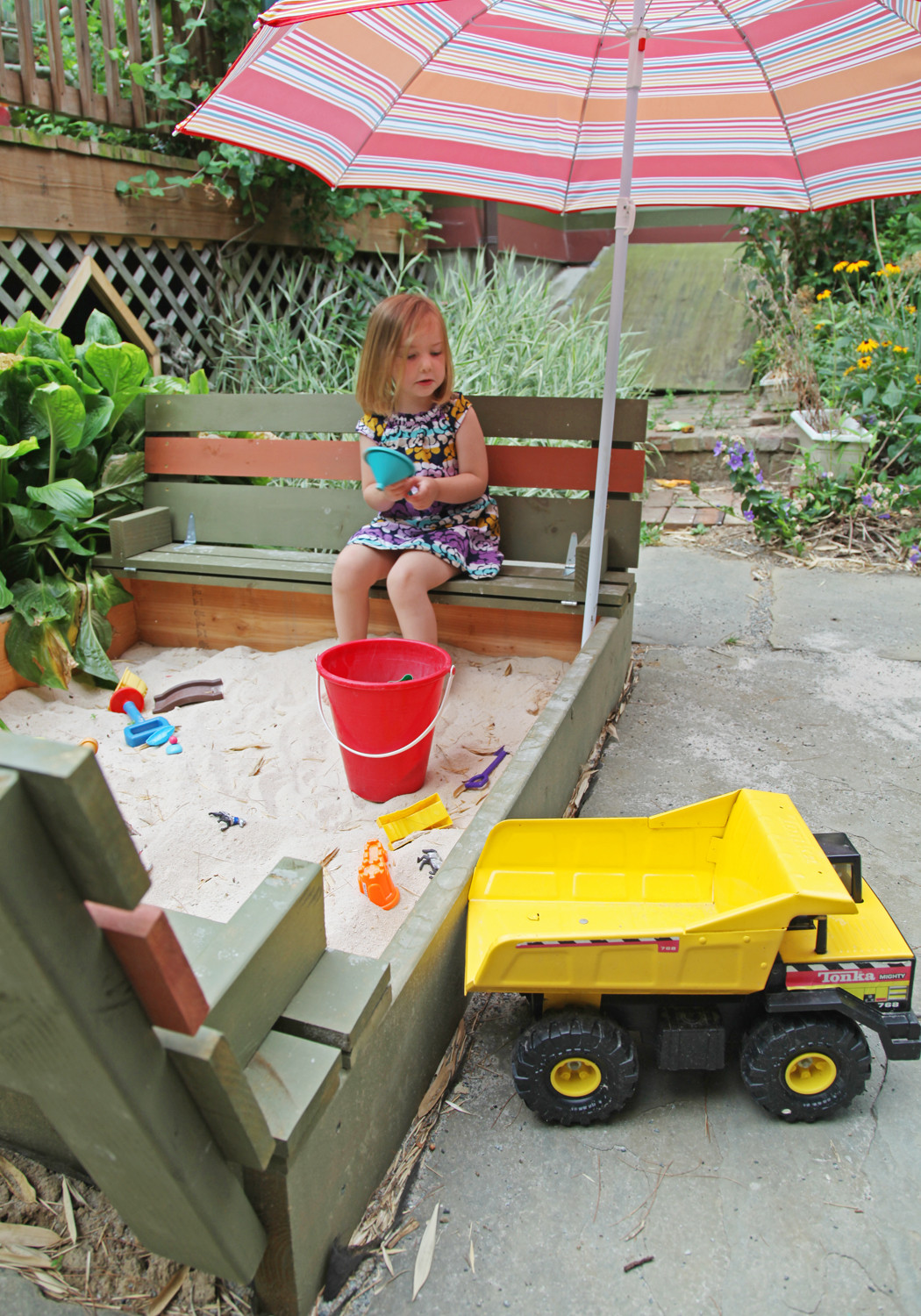 Best ideas about DIY Kids Sandbox . Save or Pin DIY Sandbox with Lid & Benches Now.