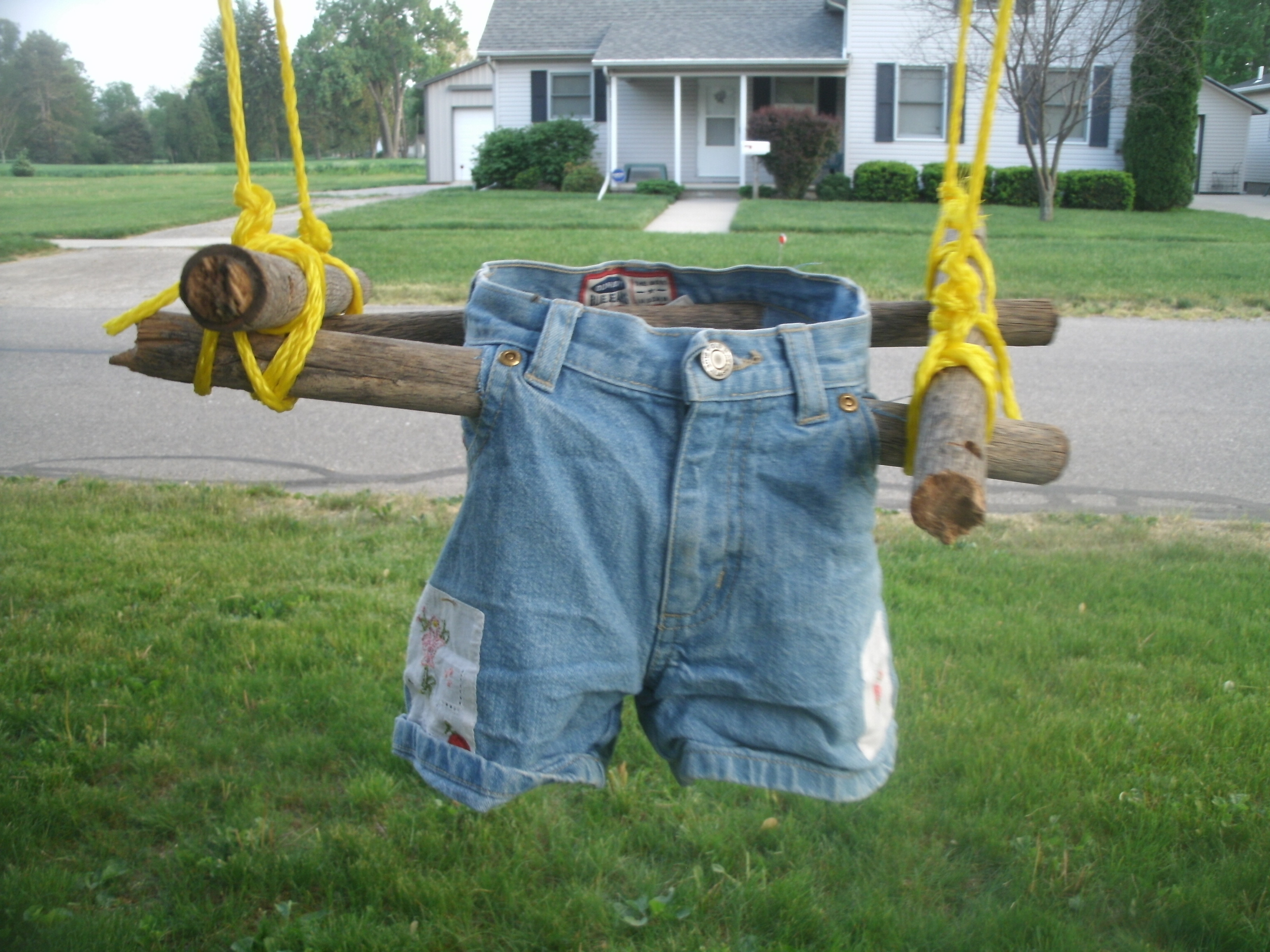 Best ideas about DIY Kids Swings . Save or Pin DIY Toddler Swing From Recycled Materials Now.