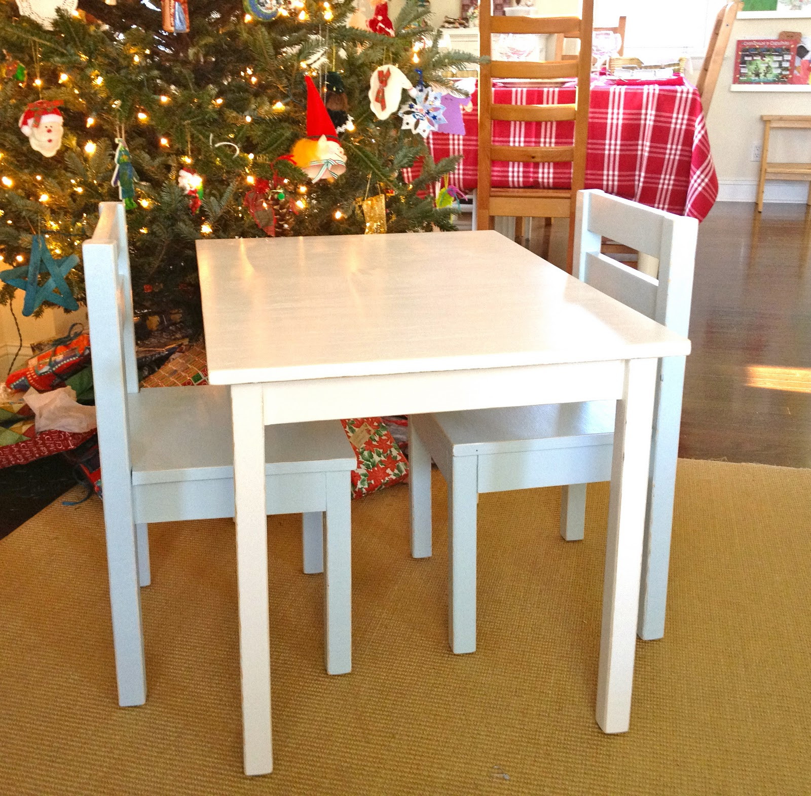 Best ideas about DIY Kids Table . Save or Pin That s My Letter DIY Kids Table with Chairs Now.