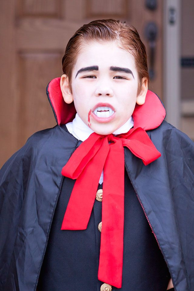 Best ideas about DIY Kids Vampire Costume . Save or Pin Vampire Costumes Kids Diy Now.
