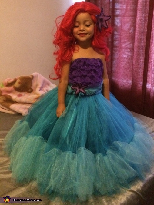 Best ideas about DIY Mermaid Costume For Kids . Save or Pin The Little Mermaid Creative DIY Costume for Girls Now.
