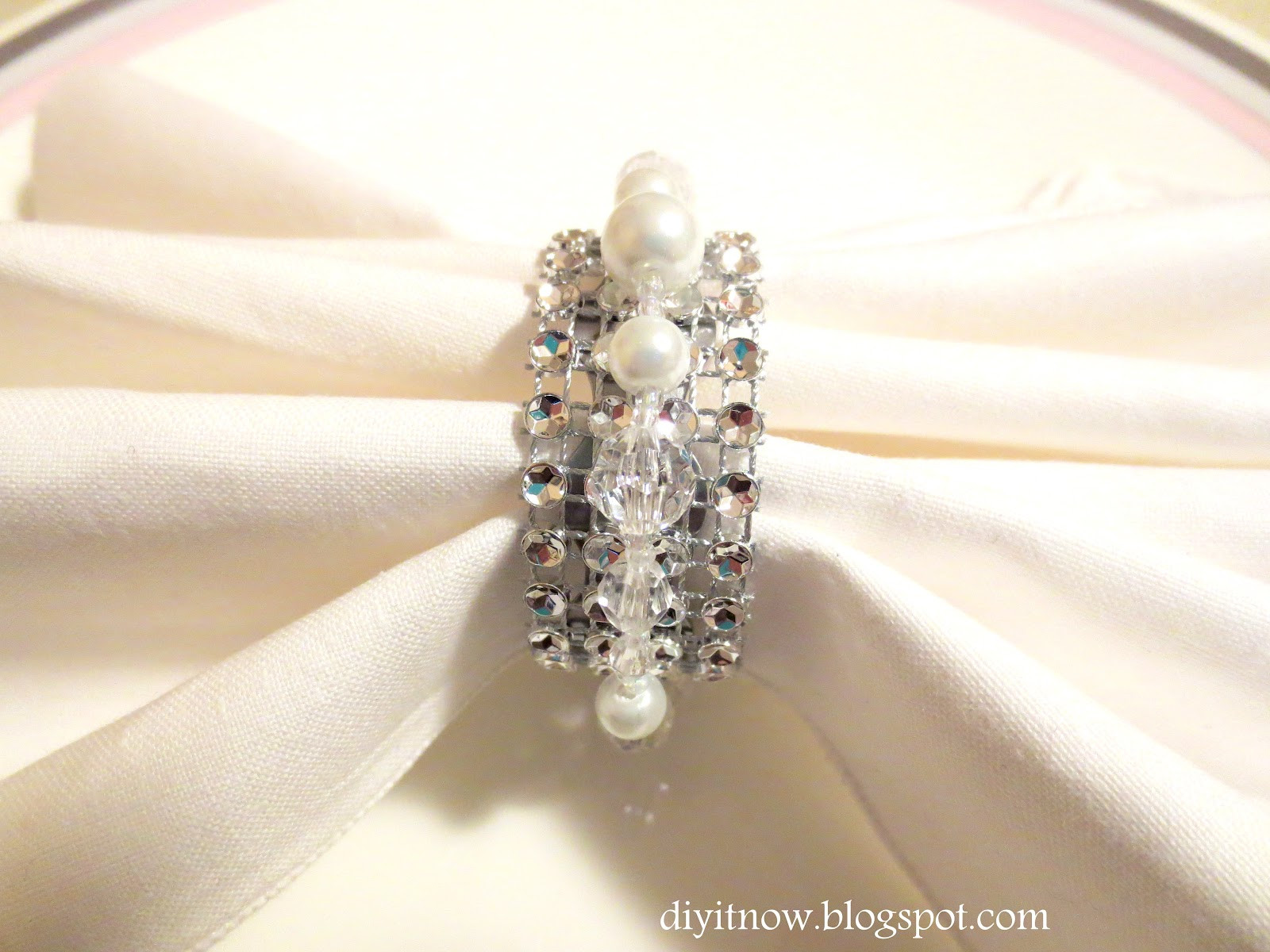 Best ideas about DIY Napkin Rings For Weddings . Save or Pin DIY it Now DIY TUTORIAL NAPKIN RINGS Now.
