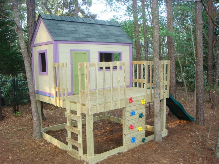 Best ideas about DIY Outdoor Playhouses . Save or Pin Ana White Now.