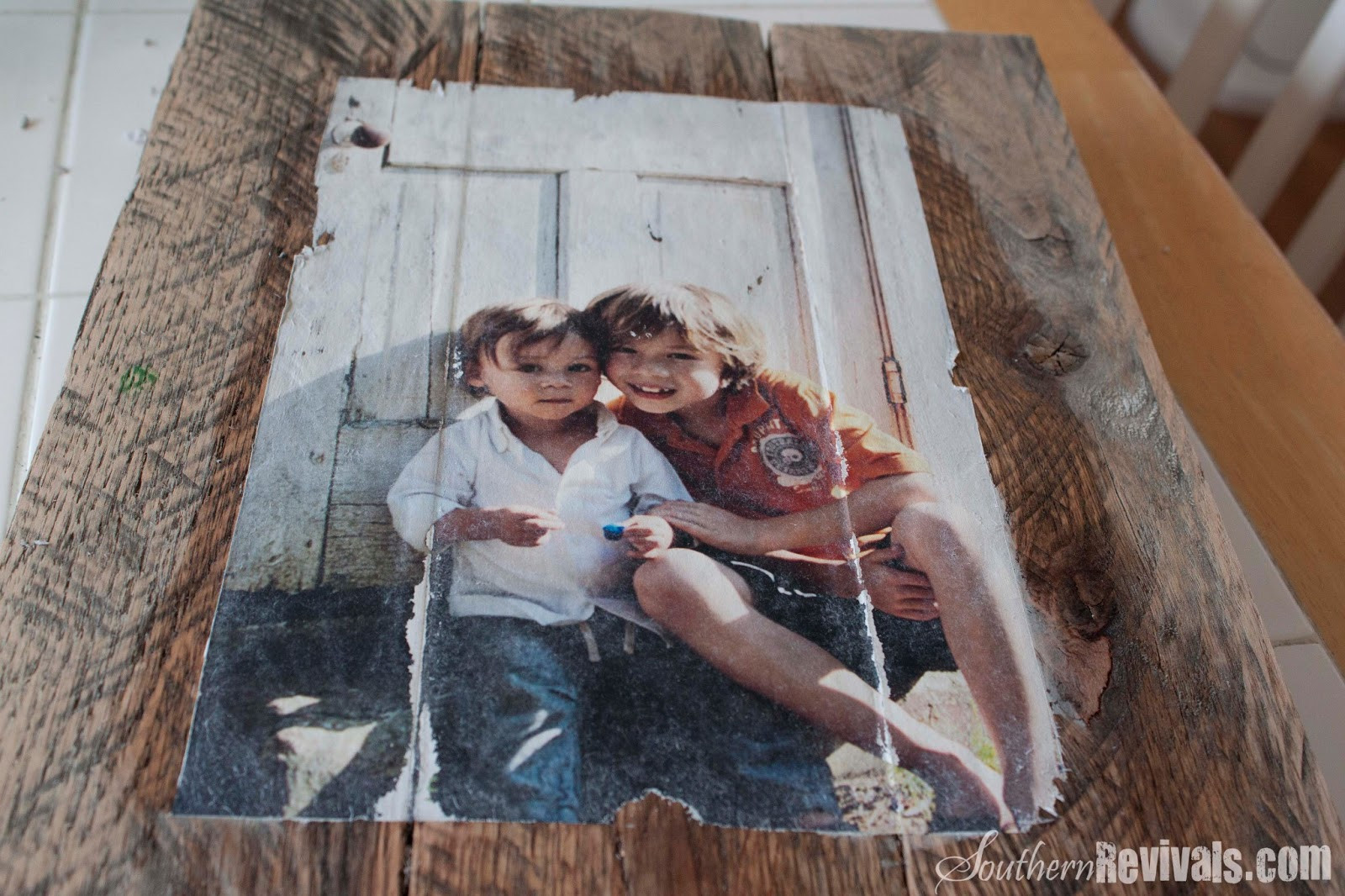 Best ideas about DIY Photo Transfer To Wood . Save or Pin DIY Pallet Frames & Transfer Technique Now.