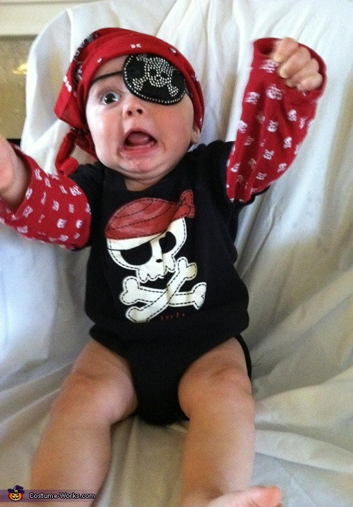 Best ideas about DIY Pirate Costumes For Kids . Save or Pin Beauty O holic Little Minions Now.