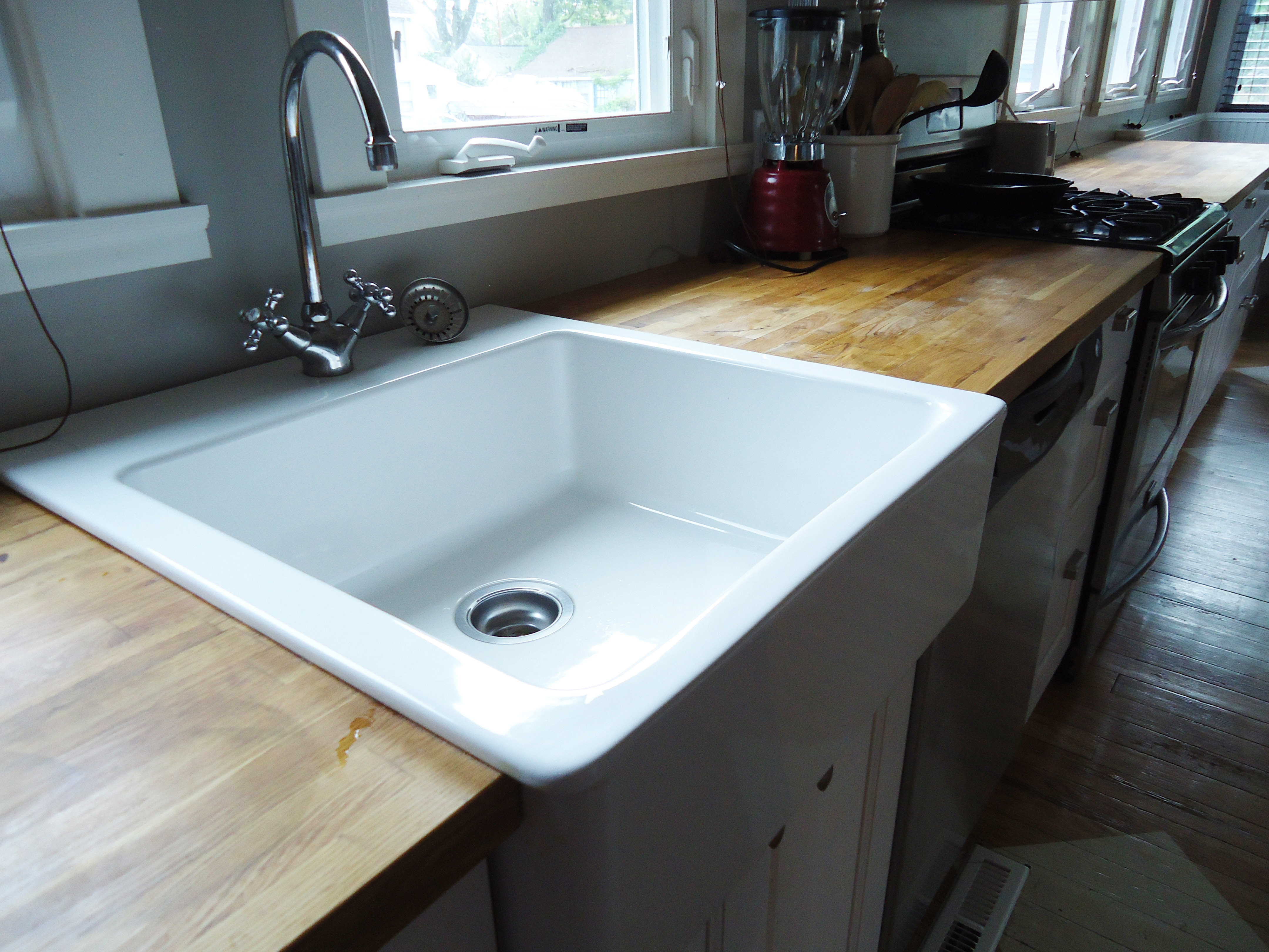 Best ideas about DIY Plywood Countertops . Save or Pin DIY Distressed Wood Counter la maison buck Now.