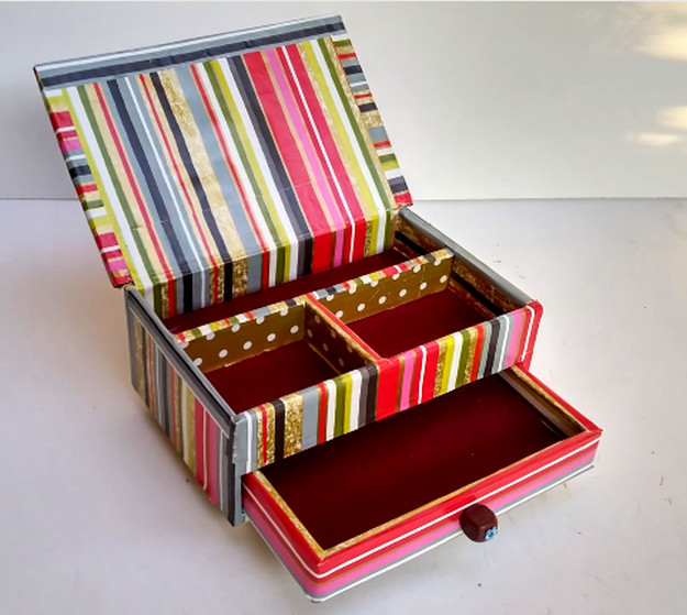 Best ideas about DIY Ring Box . Save or Pin DIY Cardboard Jewelry Box Now.