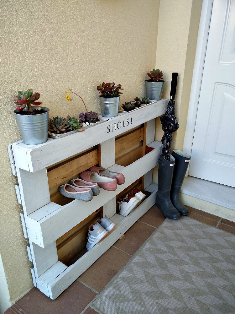 Best ideas about DIY Shoe Rack . Save or Pin DIY Easy Pallet Shoe Rack KreativK Now.