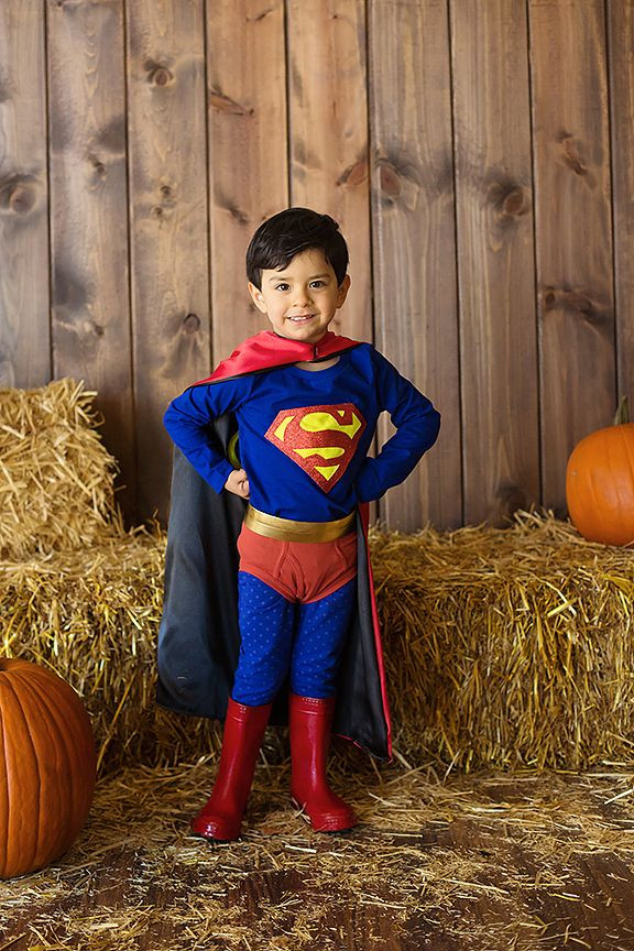 Best ideas about DIY Superman Costume . Save or Pin Superman costume diy homemade Halloween Now.