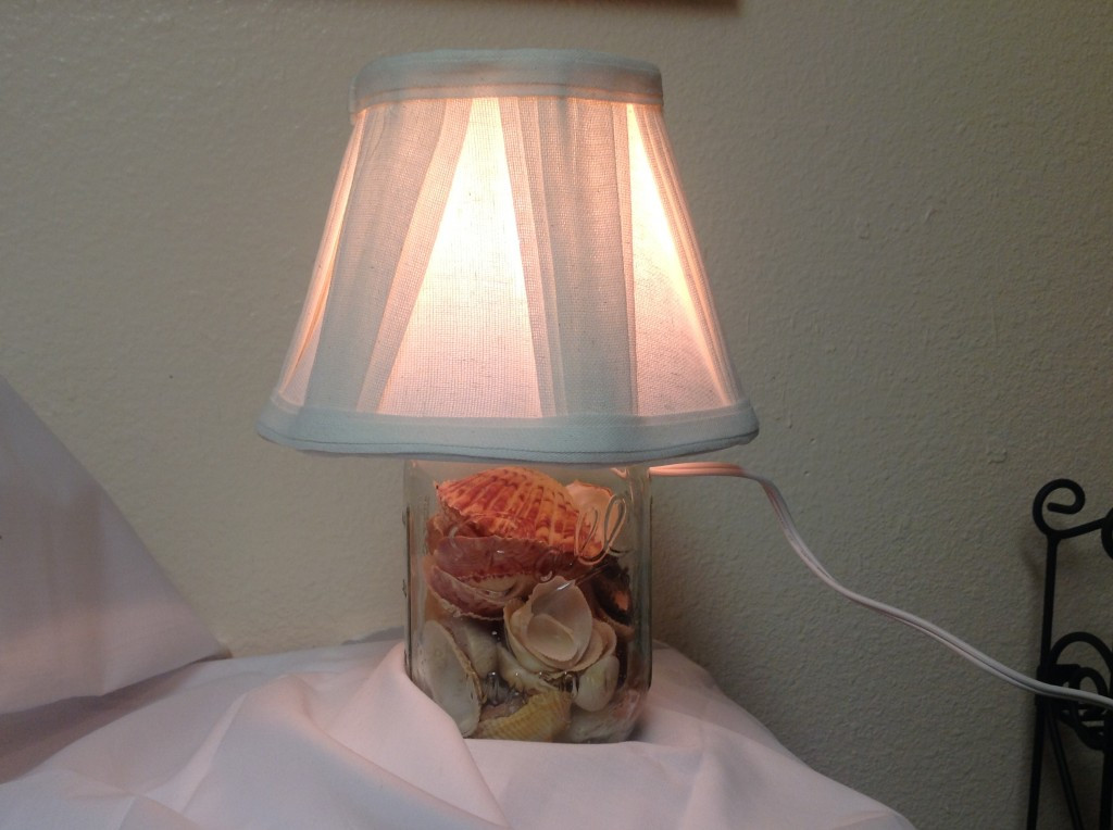 Best ideas about DIY Table Lamps . Save or Pin How to Make a Table Lamp Using a Mason Jar Now.