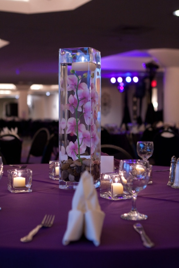Best ideas about DIY Tall Wedding Centerpiece . Save or Pin DIY Wedding Centerpiece Tall square vase with river rock Now.