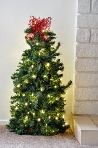 Best ideas about DIY Tomato Cage Christmas Tree . Save or Pin DIY Tomato Cage Christmas Tree Now.