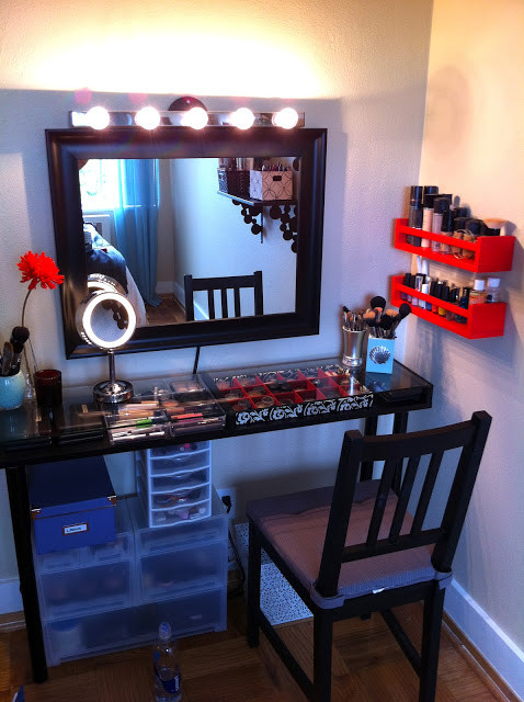 Best ideas about DIY Vanity Table Plans . Save or Pin 12 Pretty Feminine DIY Dressing Tables And Vanities Now.