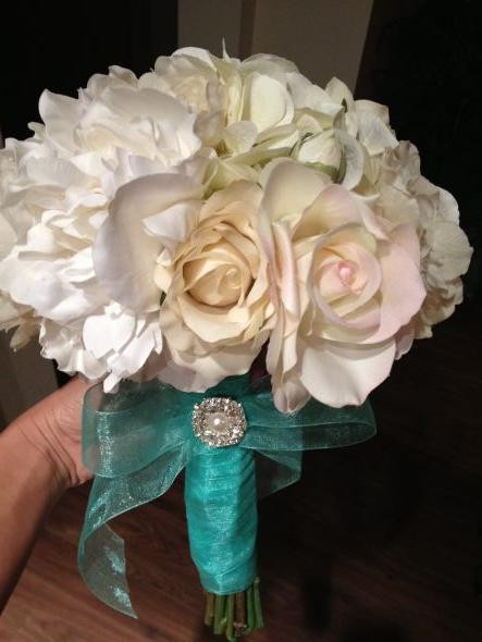 Best ideas about DIY Wedding Bouquet Silk Flowers . Save or Pin DIY silk flower bouquet what do you la s think Now.