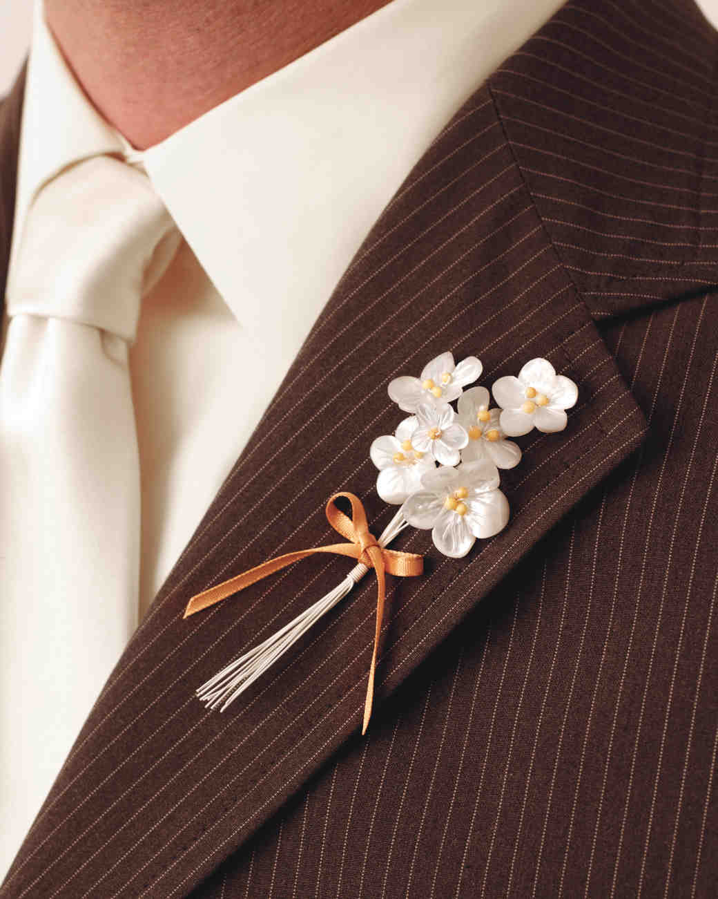 Best ideas about DIY Wedding Boutonniere . Save or Pin DIY Boutonnière Ideas for Your Wedding Now.