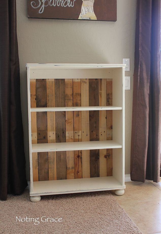 Best ideas about DIY Wood Bookshelves . Save or Pin DIY Pallet Bookcase Now.