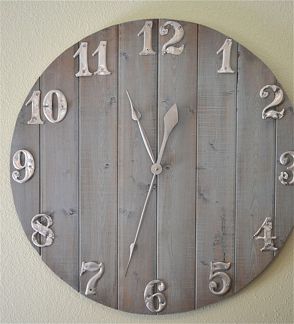 Best ideas about DIY Wood Clocks . Save or Pin How To Craft A Wall Clock Out Leftover Wood Scraps Now.