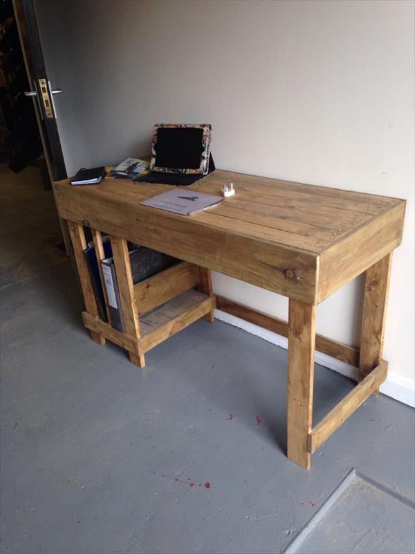 Best ideas about DIY Wood Desk . Save or Pin DIY Wood Pallet fice puter Desk Now.