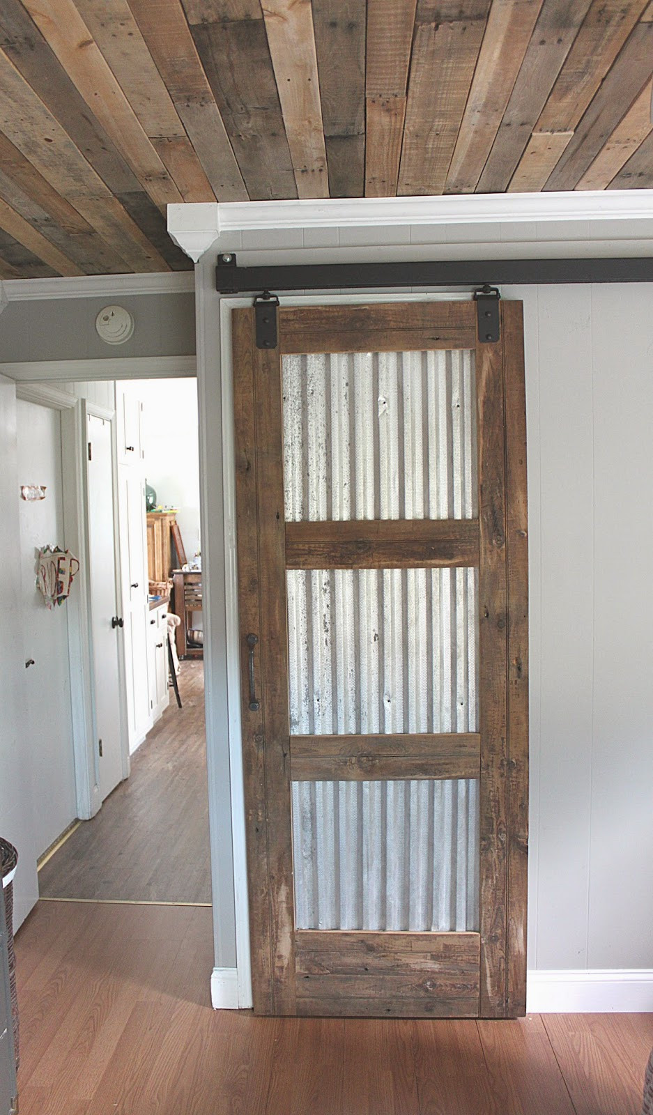 Best ideas about DIY Wood Doors . Save or Pin 21 DIY Barn Door Projects For An Easy Home Transformation Now.