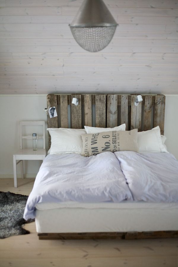 Best ideas about DIY Wood Headboard Plans . Save or Pin 13 DIY Headboards Made From Repurposed Wood Now.
