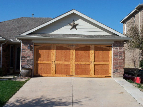 Best ideas about DIY Wooden Garage Doors . Save or Pin Remodelaholic Now.