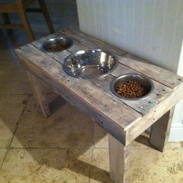 Best ideas about Dog Bowl Stand DIY . Save or Pin DIY Dog Food Bowl Stand Made out of pallets Wes Now.
