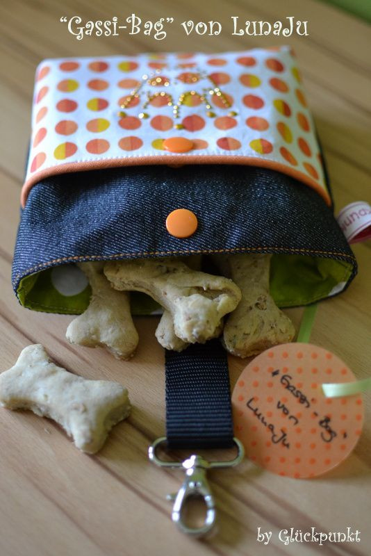 Best ideas about Dog Treat Pouch DIY . Save or Pin 25 Best Ideas about Dog Treat Bag on Pinterest Now.