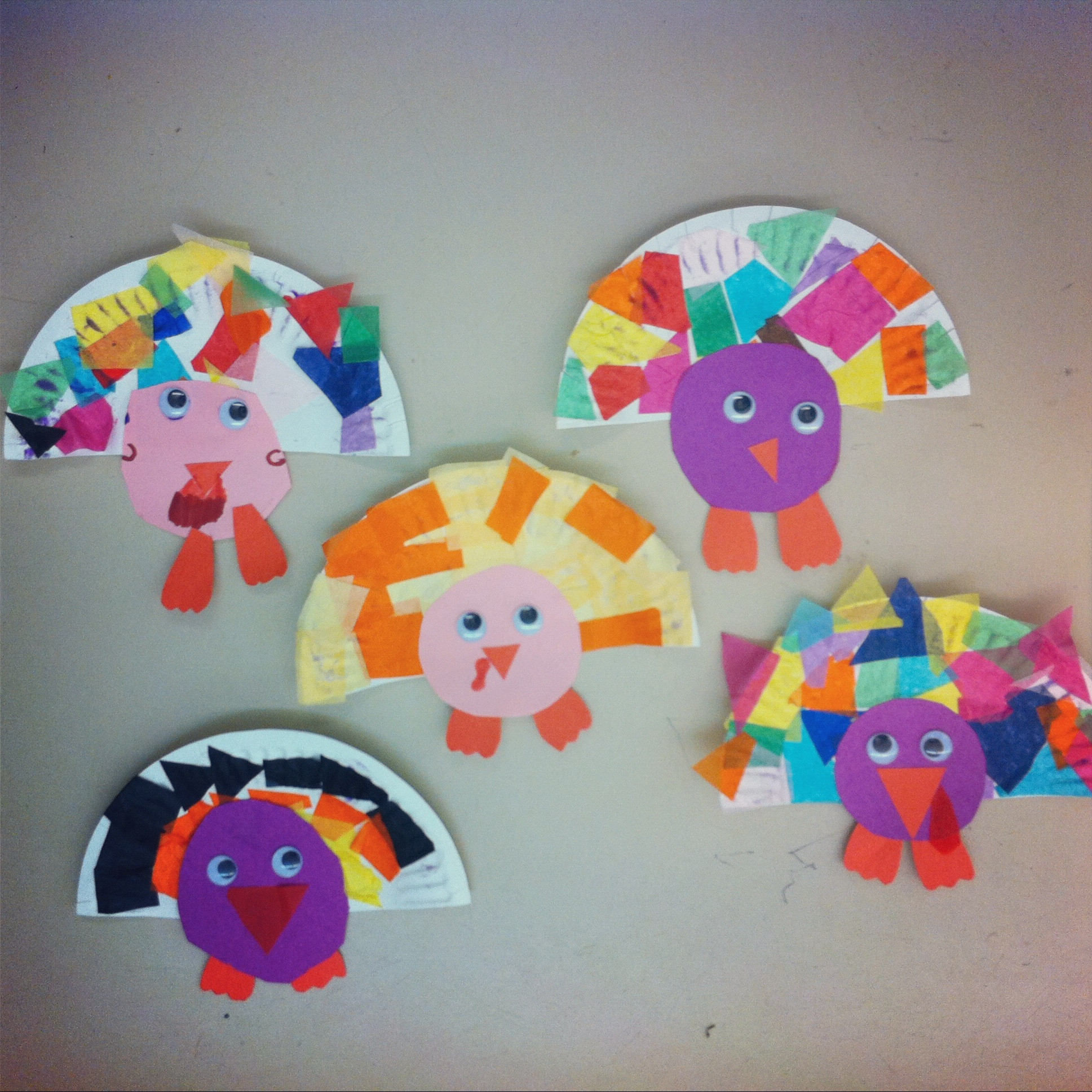 Best ideas about Easy Art For Preschoolers . Save or Pin Easy Thanksgiving Projects Now.
