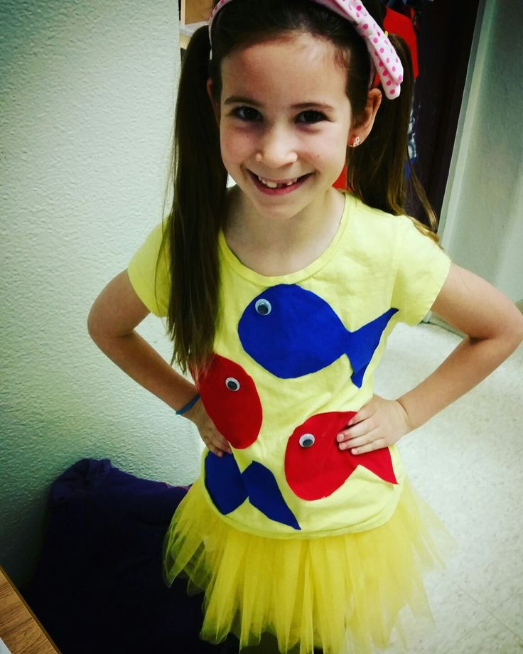 Best ideas about Easy DIY Dr Seuss Costumes . Save or Pin 25 best ideas about Dr Seuss Costumes on Pinterest Now.
