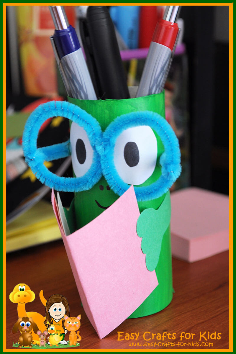 Best ideas about Easy Kids Crafts Ideas . Save or Pin Pencil Holder Crafts for Kids Get ready for back to school Now.