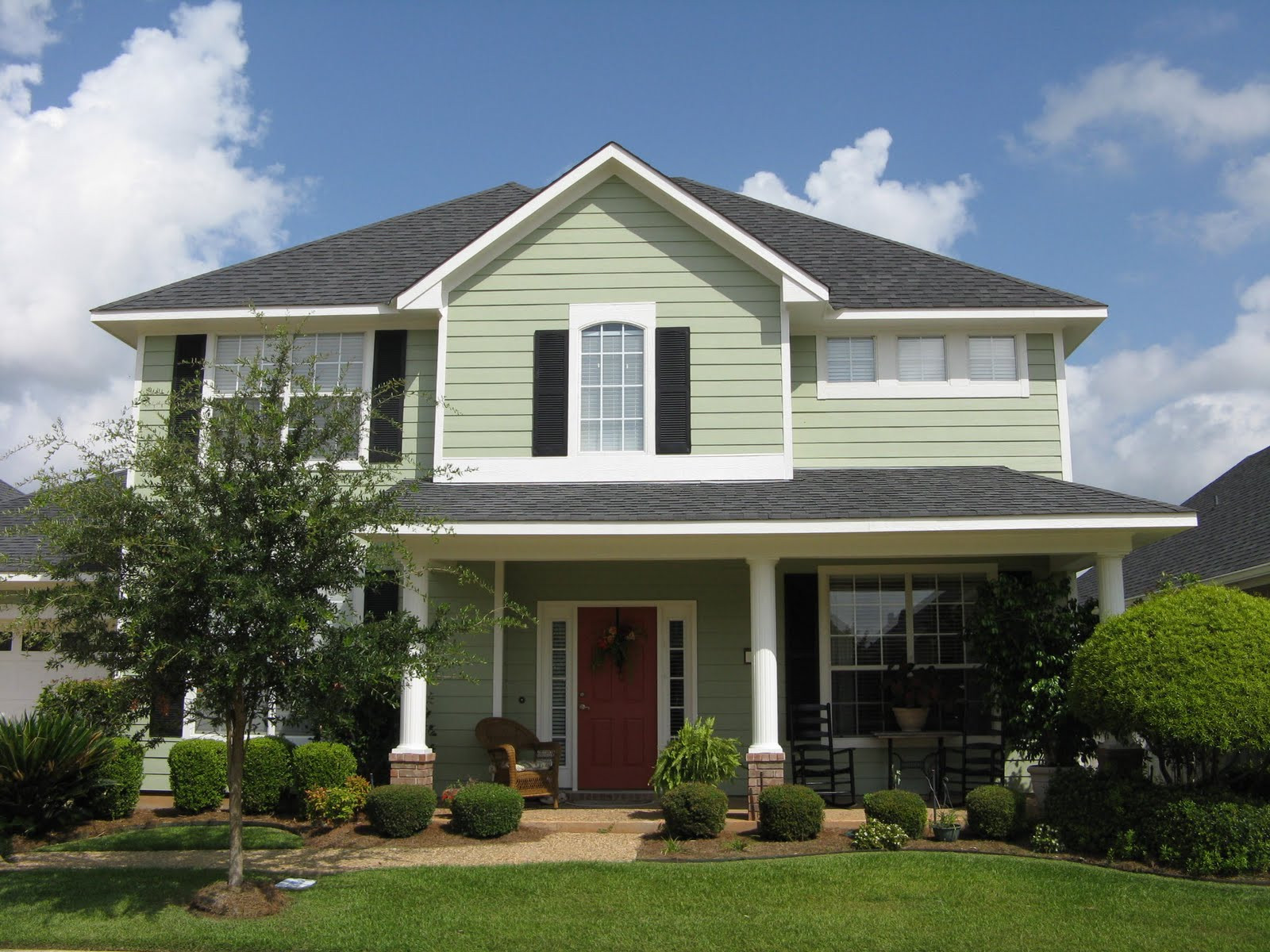 Best ideas about Exterior House Paint Colors Photo Gallery . Save or Pin Guide to Choosing the Right Exterior House Paint Colors Now.