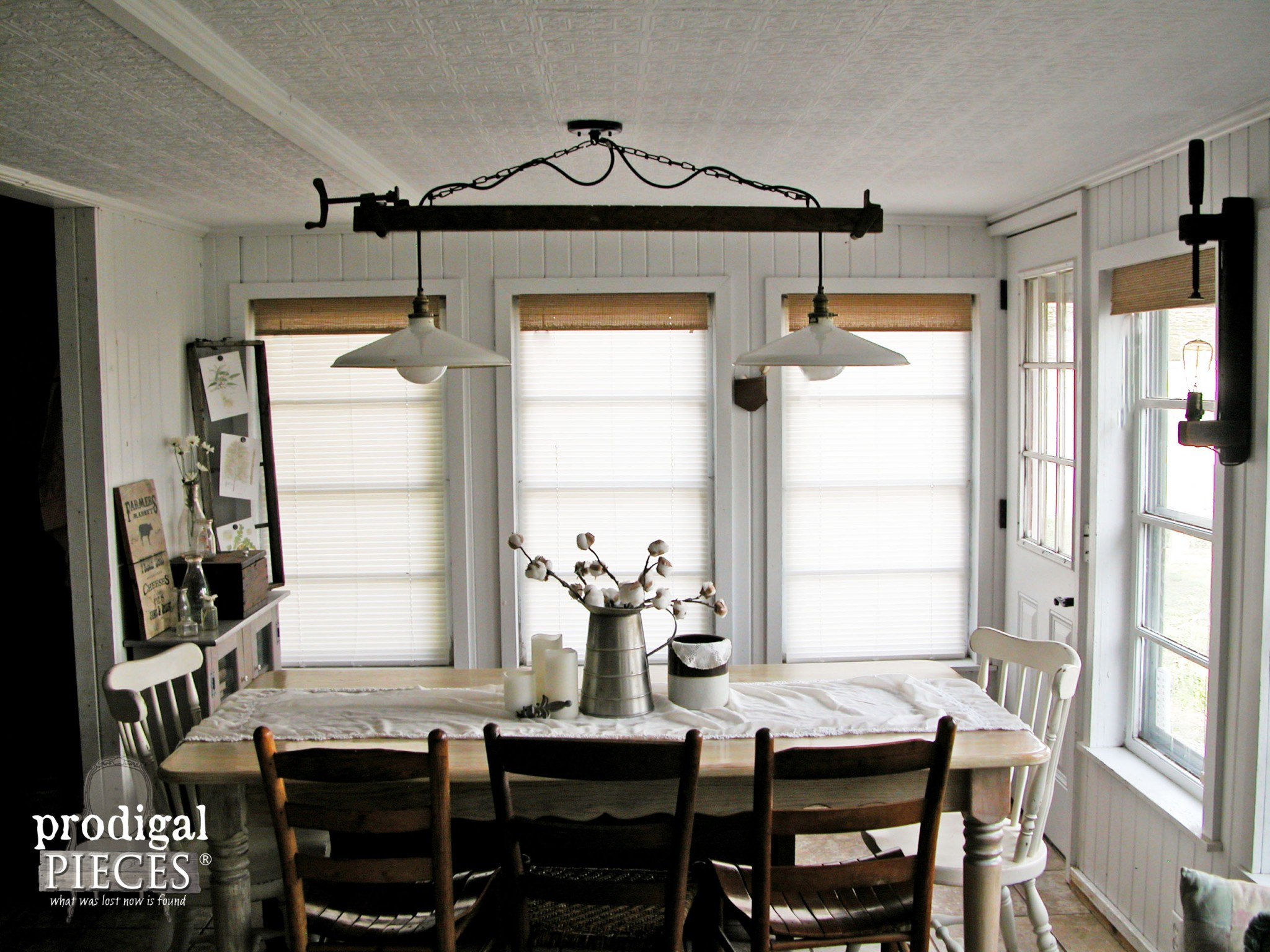 Best ideas about Farmhouse Dining Room Lighting . Save or Pin Farmhouse Style Decor How to add it to your home Now.