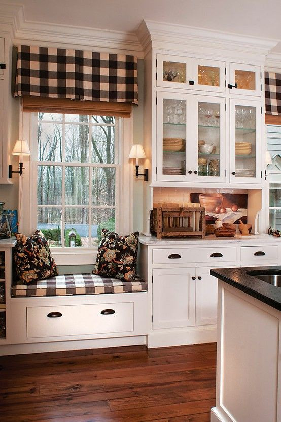 Best ideas about Farmhouse Kitchen Decor Ideas . Save or Pin 35 Cozy And Chic Farmhouse Kitchen Décor Ideas DigsDigs Now.