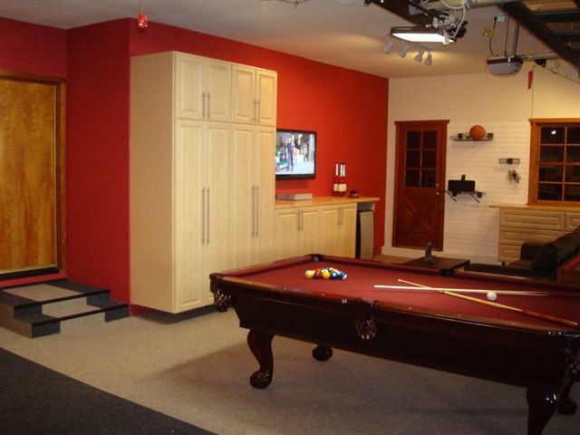 Best ideas about Garage Game Room . Save or Pin Deluxe Garage & Game Room Traditional Family Room Now.