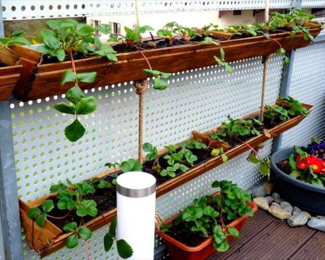 Best ideas about Garden Ideas Diy . Save or Pin DIY Garden Idea For Decorating Inexpensively Now.