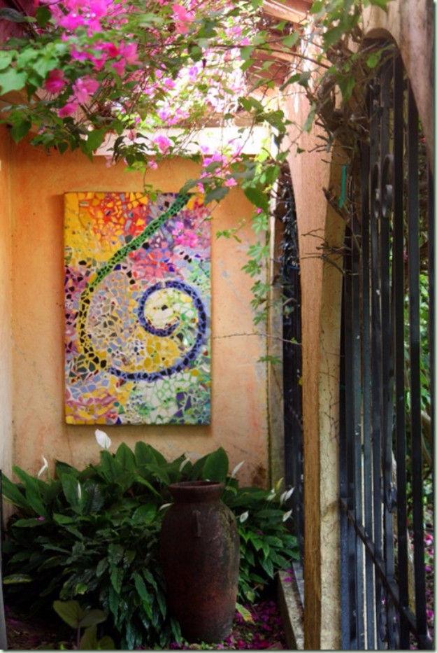 Best ideas about Garden Wall Artwork . Save or Pin 26 Creative DIY Projects Made With Broken Tile DIY Joy Now.