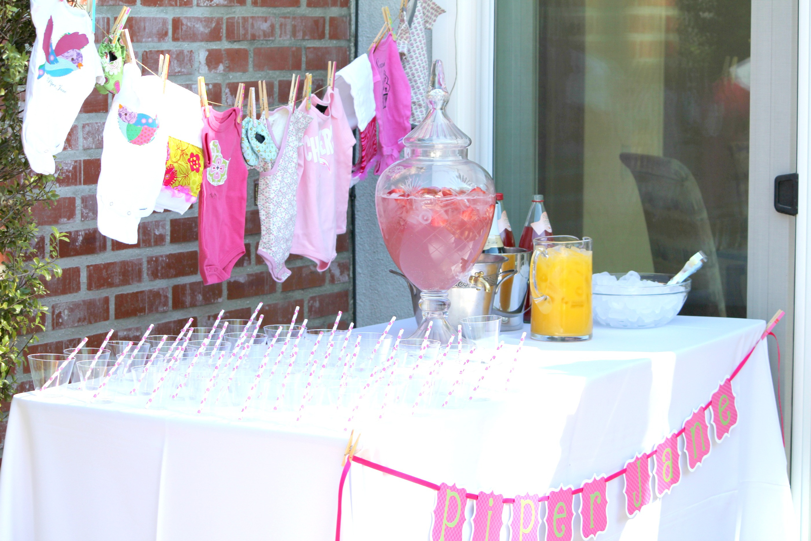 Best ideas about Girl Baby Shower Table Decorations . Save or Pin Baby Shower For Girls Now.