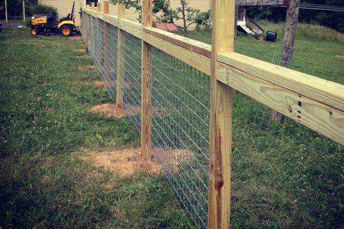 Best ideas about Hog Wire Fence DIY . Save or Pin Hog Wire and Wood Fence Idea DIY Now.