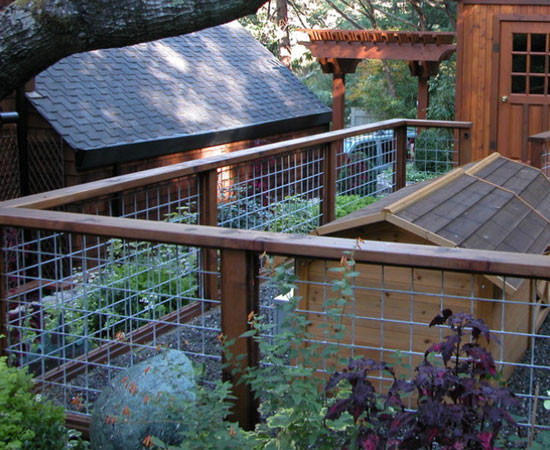 Best ideas about Hog Wire Fence DIY . Save or Pin 15 DIY Garden Fence Ideas That Will Create The Ultimate Now.