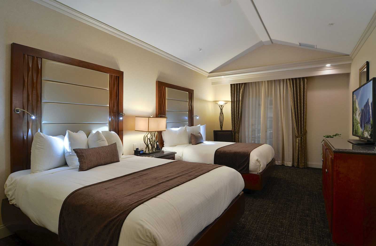Best ideas about Hotels With Two Bedroom Suites . Save or Pin Hotel Rooms With Two Bedrooms Now.
