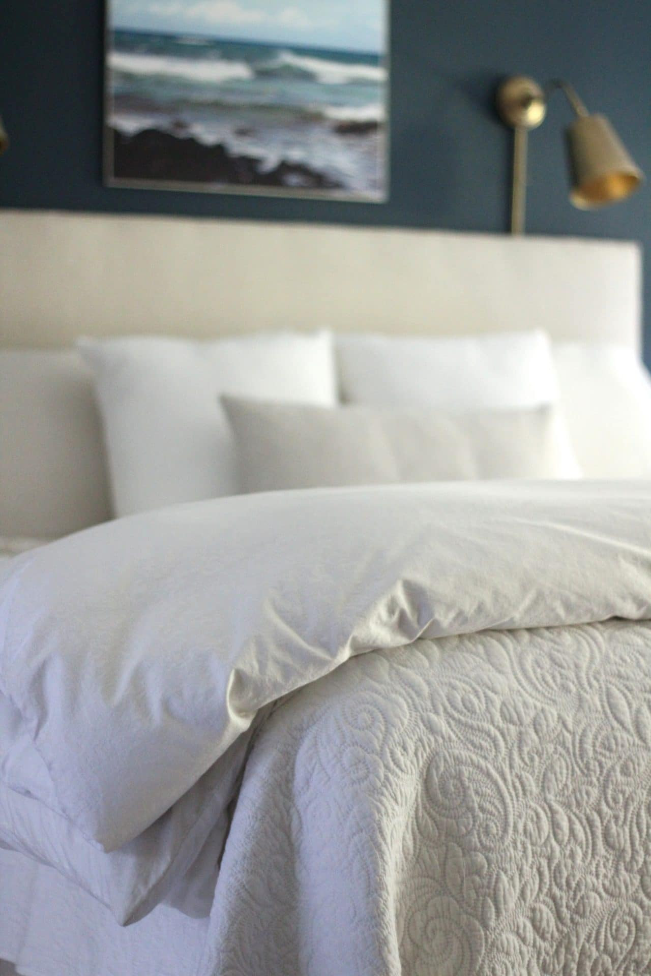 Best ideas about How To Keep Sheets On Bed DIY . Save or Pin How To Keep Fitted Sheets Your Bed Shine Your Light Now.