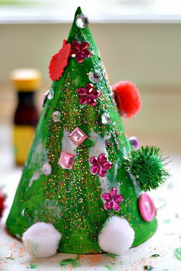 Best ideas about Kids Christmas Craft Ideas . Save or Pin 25 Easy ideas Christmas crafts for kids with simple Now.