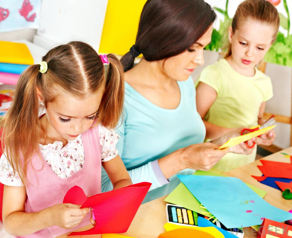 Best ideas about Kids Doing Arts And Crafts . Save or Pin What is Glitter with pictures Now.
