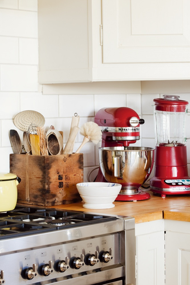 Best ideas about Kitchen Decor Accents . Save or Pin 25 best ideas about Red Kitchen Accents on Pinterest Now.