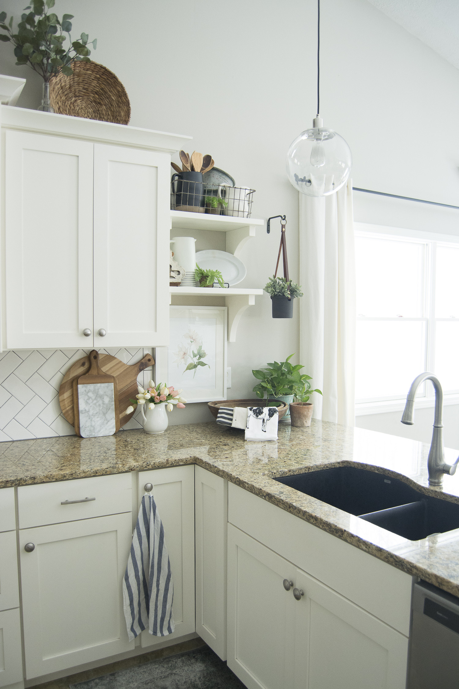 Best ideas about Kitchen Decorating Accessories . Save or Pin Spring Kitchen Decor Now.