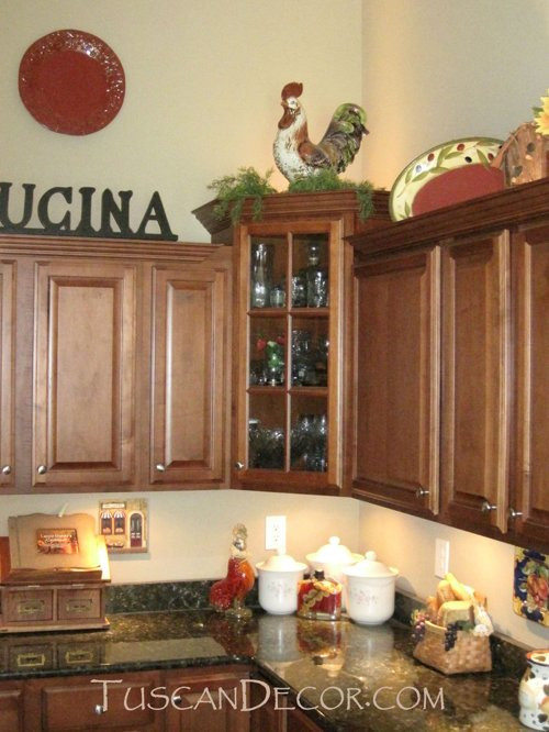 Best ideas about Kitchen Decorating Accessories . Save or Pin Tuscan Kitchen Decorating Home Design Ideas Now.