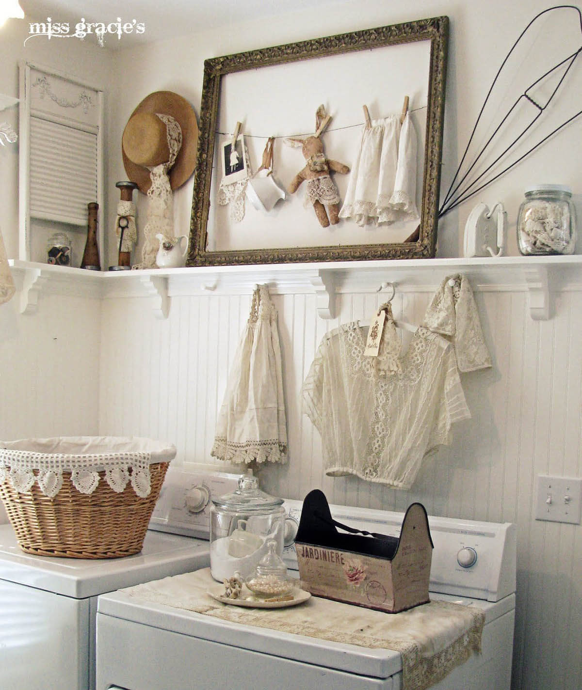 Best ideas about Laundry Room Decor . Save or Pin 25 Best Vintage Laundry Room Decor Ideas and Designs for 2019 Now.