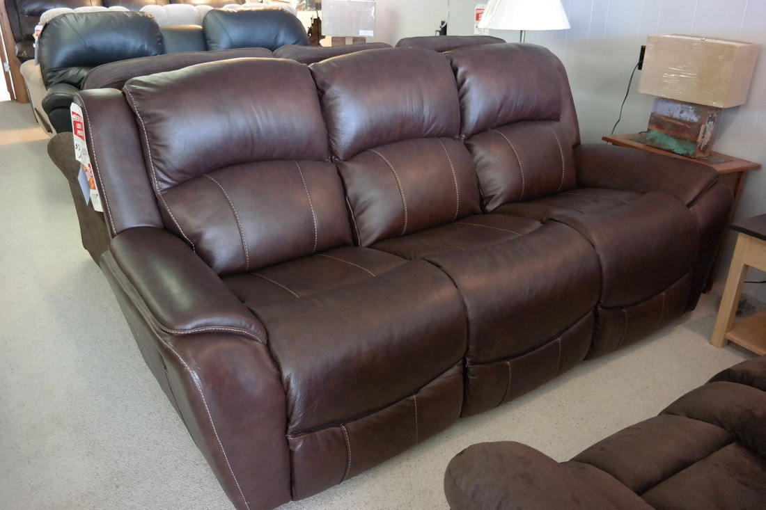 Best ideas about Lazy Boy Leather Reclining Sofa . Save or Pin Lazy Boy Leather Sofas Decor Lazy Boy Leather Sofa La Z Now.
